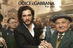 Emilia Clarke ve Kit Harington dolce and gabanna the one